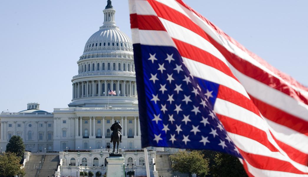 Caen los futuros de EE.UU., empiezan a pesar 20 días de cierre de Gobierno