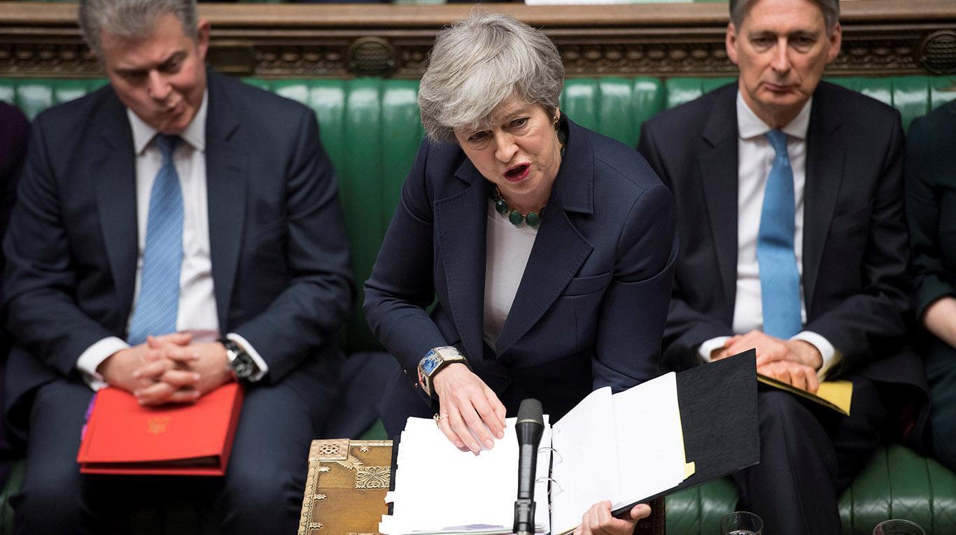 Parlamento británico rechaza opción de salida de la Unión Europea sin acuerdo.